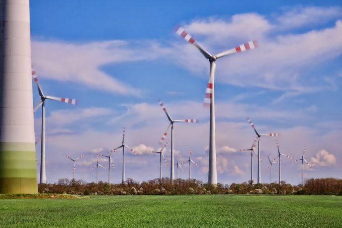 ¿Quién Inventó la Electricidad? ¿Quién la descubrió realmente? 4