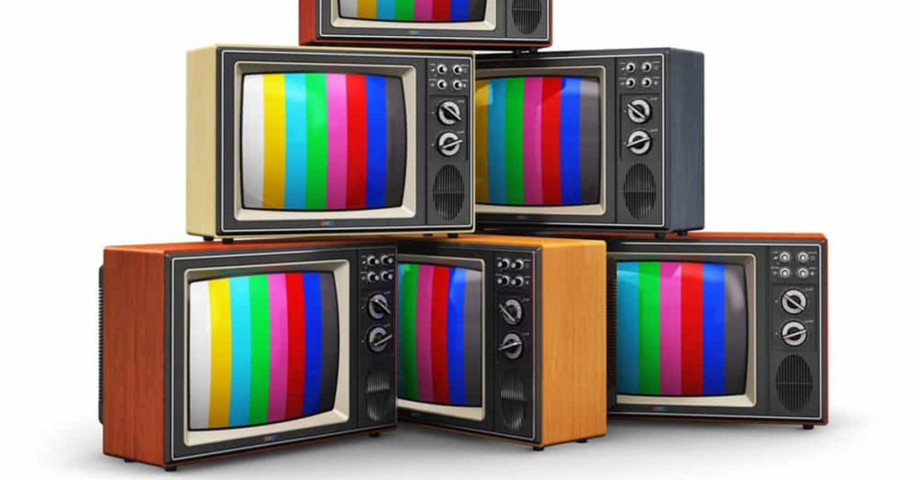 ¿ Quién inventó la TV a color ? 9