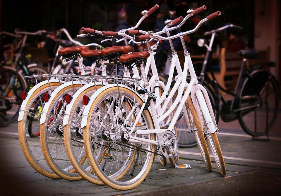 ¿Quién inventó la bicicleta?¿En qué año? Historia 7