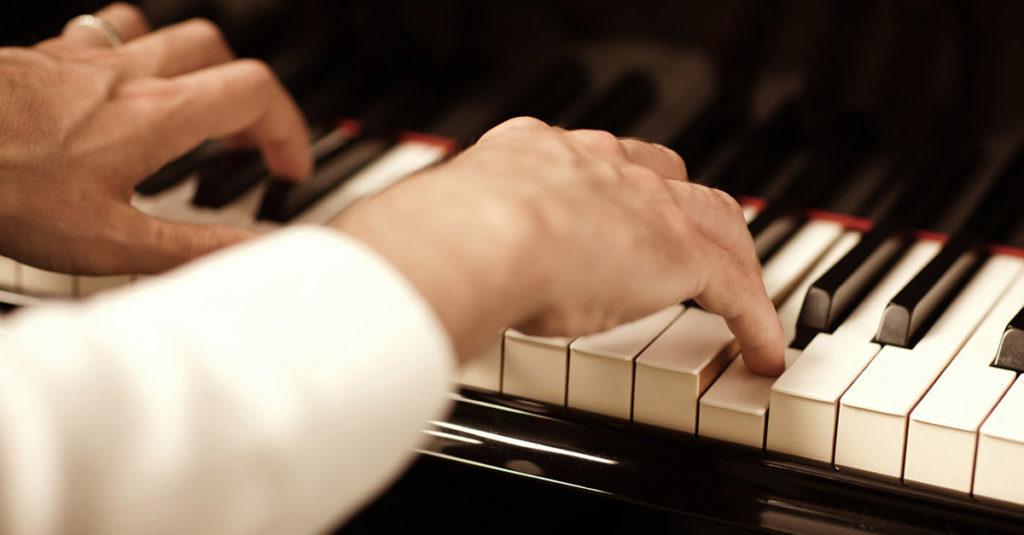 ¿Quién inventó el piano? ¿Cuándo se invento? ¿Por qué se inventó? 1