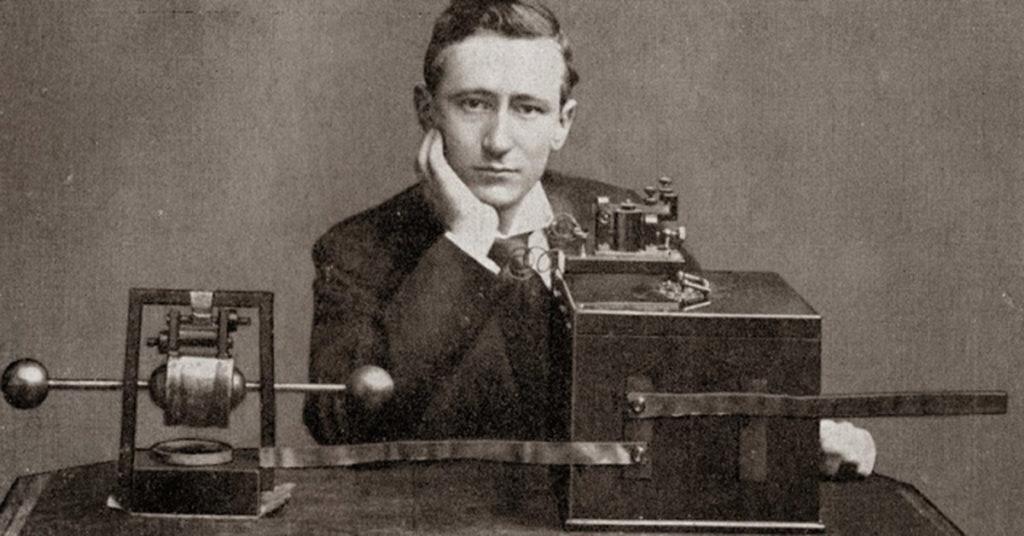 ¿Quién inventó la radio y en Qué año? 8