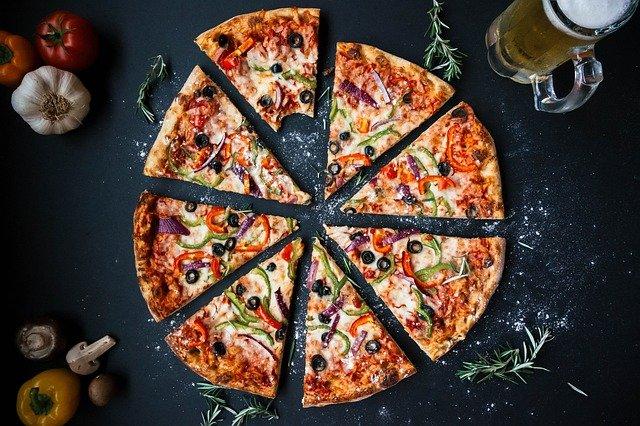 ¿Quién inventó la Pizza? y en qué año 7
