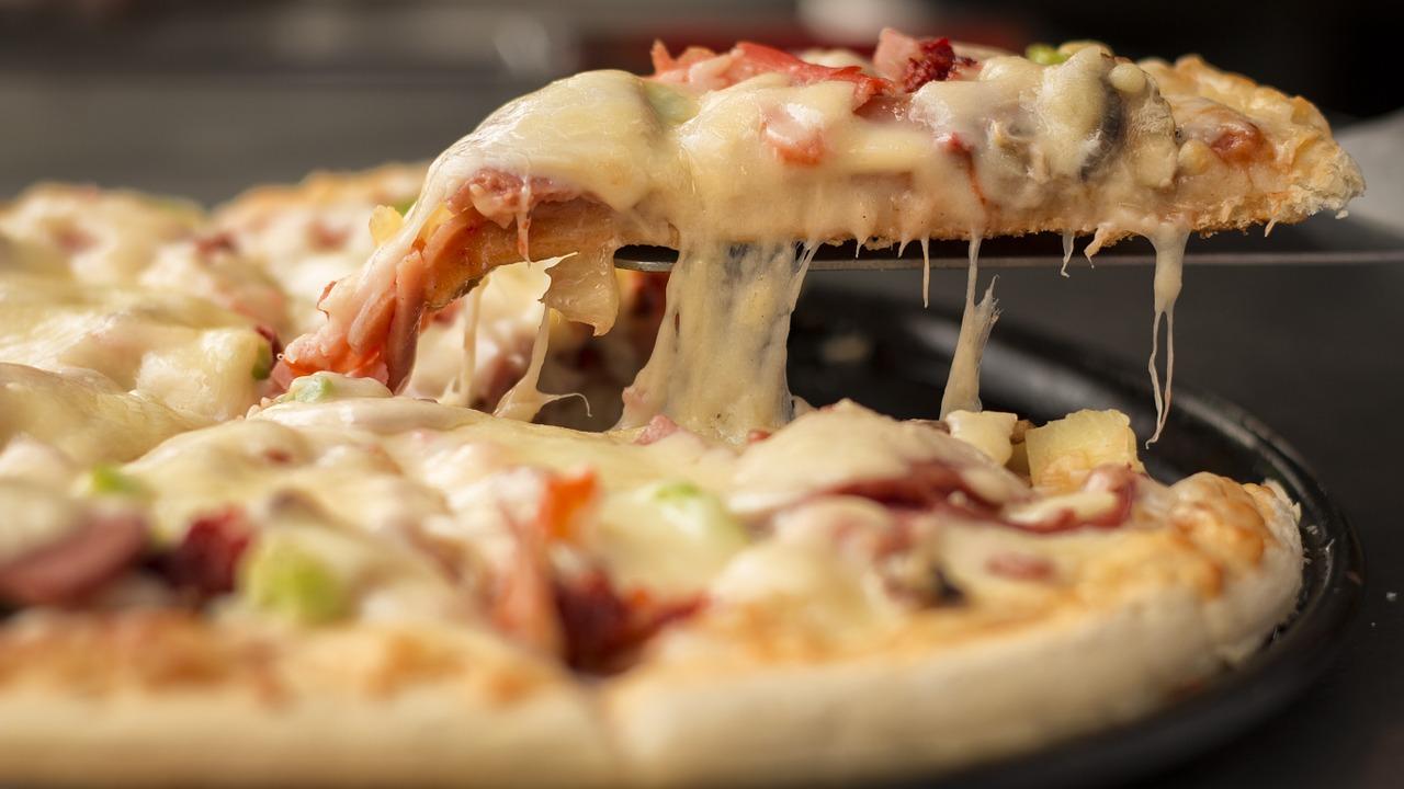 ¿Quién inventó la Pizza? y en qué año 4