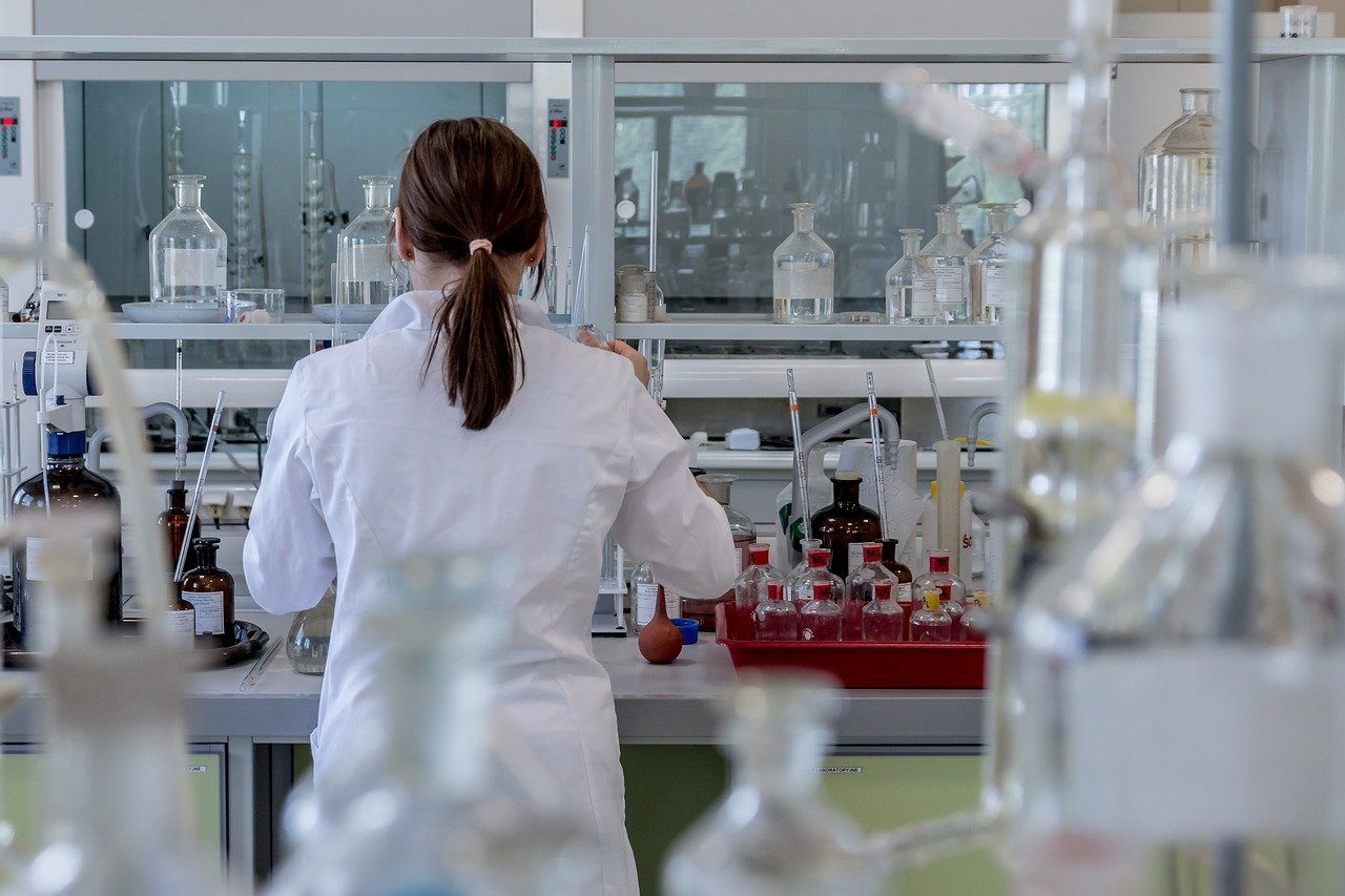 ¿Qué hace un Ingeniero Químico? Funciones y Variantes 3